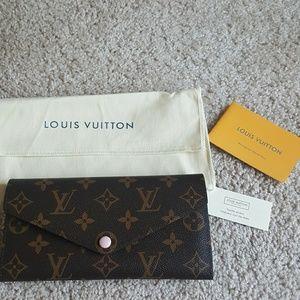 Authentic Louis Vuitton Monogram Josephine Wallet